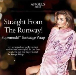 Victoria's Secret Supermodel Fashion Show Robe